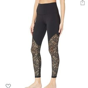 NWT Beyond Yoga Lace Way High Waisted Leggings